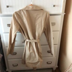 Forever 21 Jackets & Coats - Forever 21 springtime trench coat.